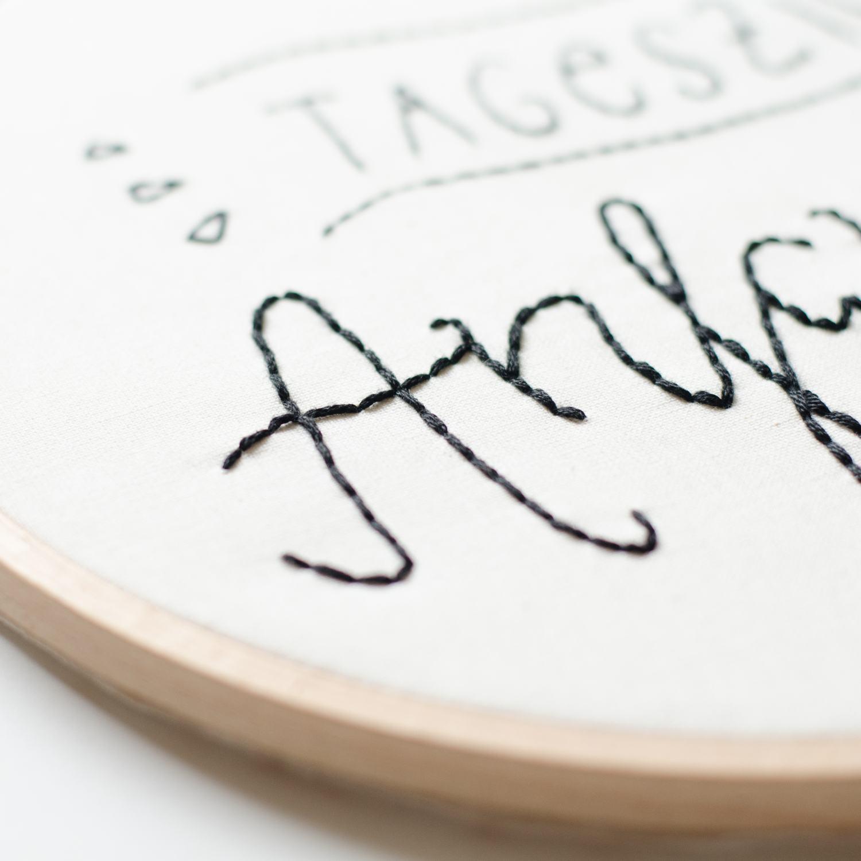Stick-Tutorial: Handsticken im Stickrahmen mit Näh ich mir! Stickvorlage,, Motiv nachsticken mit Steppstich bzw. Backstitch