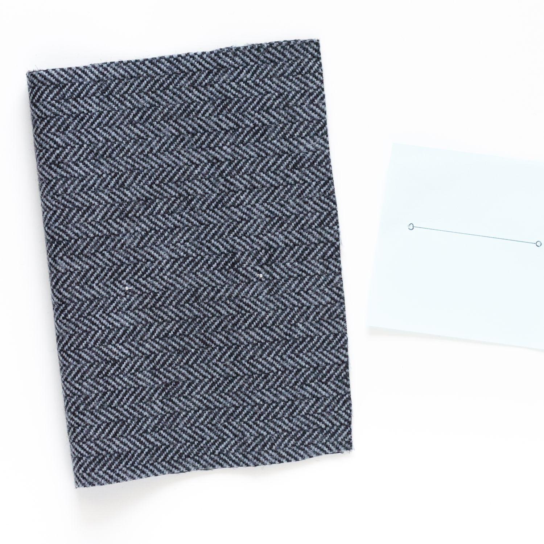 Kurz-Tipp zum Nähen: Markierungen für Taschen, Abnäher, ... vom Schnittmuster auf den Stoff übertragen, Schritt 2